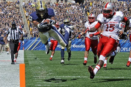 boyd1226 Tyler Boyd is one of many Pitt underclassmen who could benefit from a victory in today's Little Caesars Pizza Bowl against Bowling Green.