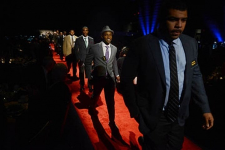 Antonio Brown Steelers wide receiver Antonio Brown, second from right, walks the red carpet with fellow athletes.