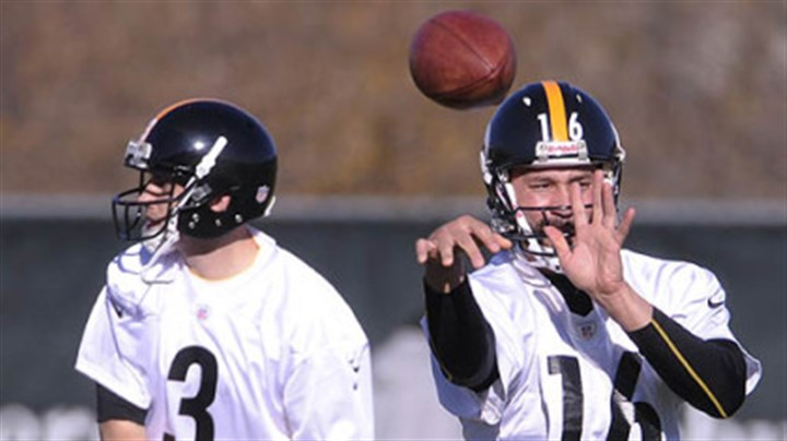 batch Charlie Batch, right, and newly signed quarterback Brian Hoyer, left, will be the two quarterbacks the Steelers go to Cleveland with Sunday.