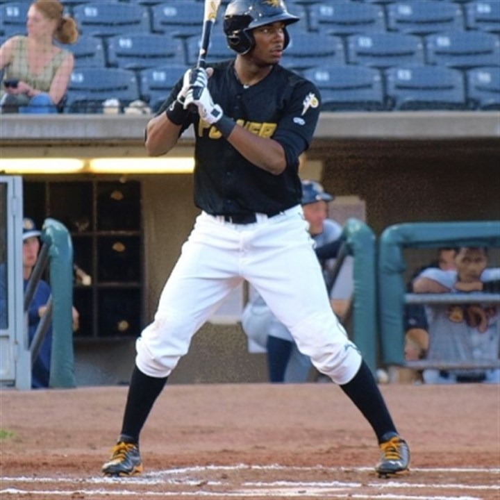 bell1 Josh Bell, coming off knee surgery, prepared for the season by working out with Andrew McCutchen, Pedro Alvarez and Neil Walker at IMG Academies in Bradenton, Fla., in the offseason.
