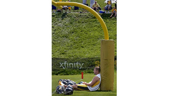ben Ben Roethlisberger finds a place to try to catch a break from the heat and humidity Saturday at the Saint Vincent College training camp.