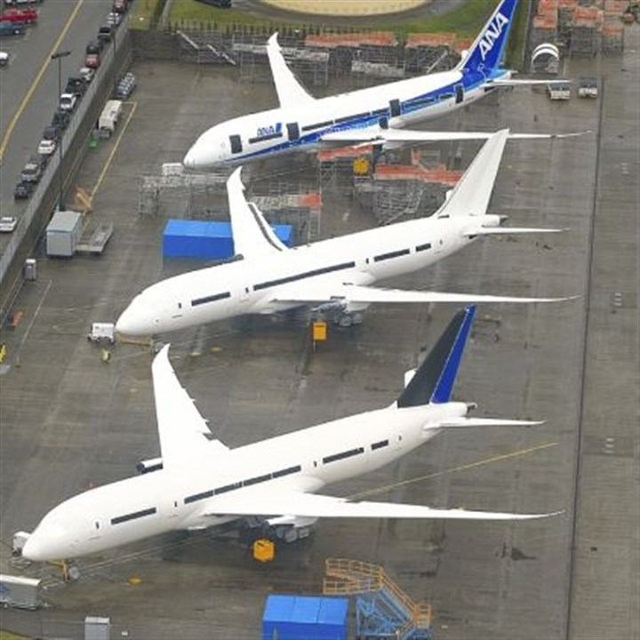 787 Dreamliner teaches Boeing costly lesson on outsourcing