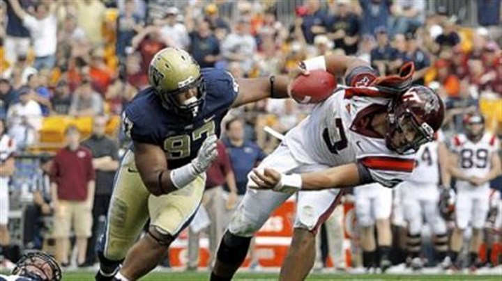 donald Pitt defensive tackle Aaron Donald makes a play earlier this season..
