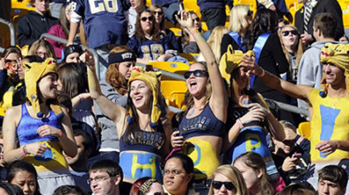Fans Pitt fans get in the mood for football Saturday at Heinz Field. The homecoming game against Louisville kicked off at 11 a.m.