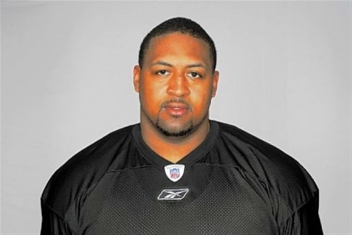 Foster Veteran offensive lineman Ramon Foster re-signed with the Steelers Monday.