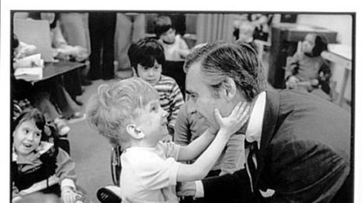 Fred Rogers The 1978 photo of Fred Rogers and the unnamed little boy at Pittsburgh's Children's Institute.