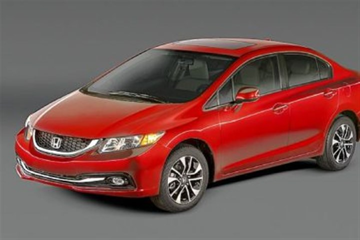Honda Civic The 2013 Honda Civic exterior gets a few updates from the 2012 model and the look remains fairly handsome, if understated.