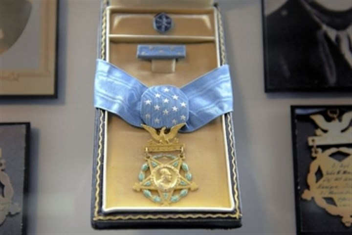 Medal of Honor The Medal of Honor awarded to John Minick, who was killed at age 36 while serving in the Army in Germany during World War II, is on display at Soldiers & Sailors Memorial Hall & Museum in Oakland.