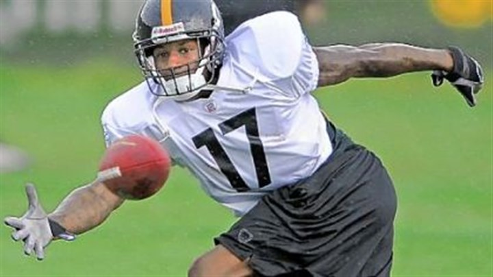 Mike Wallace A new contract for speedy wide receiver Mike Wallace will not come until at least next year.