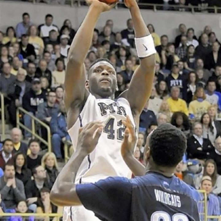 Pitt basketball Pitt's Talib Zanna broke out of a slump Sunday against Villanova in the Panthers' victory in the home finale.