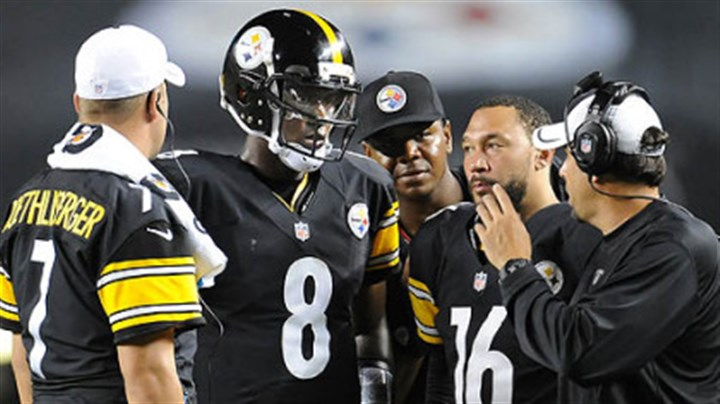 Todd Haley Steelers offensive coordinator Todd Haley talks with his quarterbacks during a timeout against the Colts.
