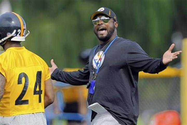 tomlin Steelers coach Mike Tomlin reacts after a play in camp Monday at Saint Vincent College.