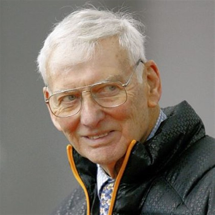 Steelers owner Dan Rooney Dan Rooney was inducted into the Pro Football Hall of Fame in 2000.