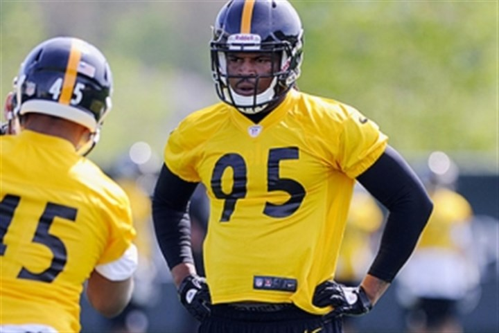 jones1222 Steelers linebacker Jarvis Jones has had to learn on the fly as a rookie in Dick LeBeau's defensive system.