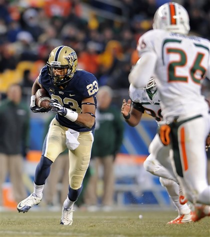 MiamiPittsburgh Pitt's Tyler Boyd carries against Miami in the second quarter at Heinz Field Nov. 29.