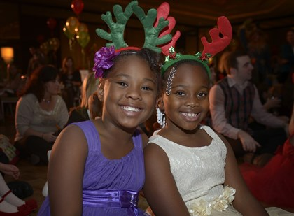 reindeer4 Saniah Edmunds, 9, and Alana Davidson, 8.