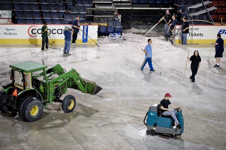 20131208arena6-1 The arena's ice is removed on May 20, 2010.
