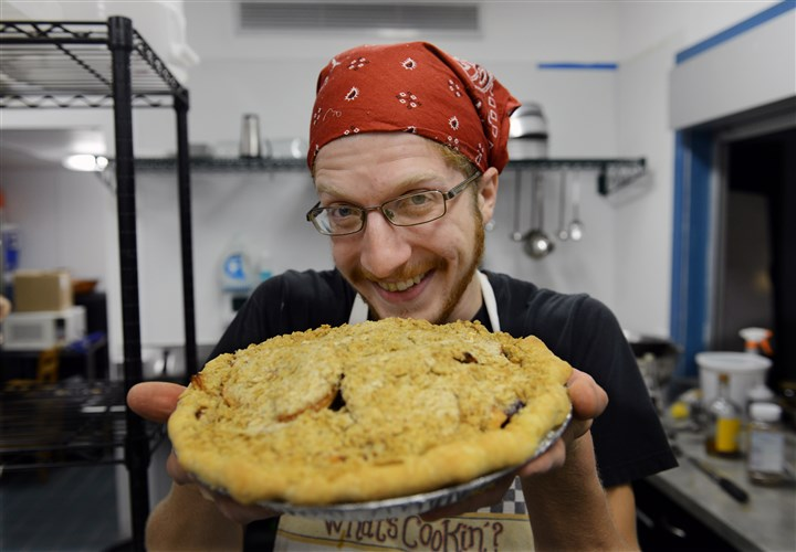 Life of Pie: Louis Butler Louis Butler, owner of Pittsburgh Pie Guy, with an apple cranberry pie.