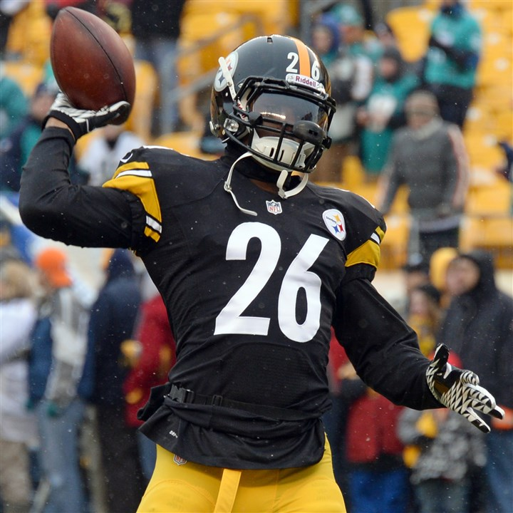 bell1212 Steelers running back Le'Veon Bell has been an integral part of the offense through rushes and short passes, as well.