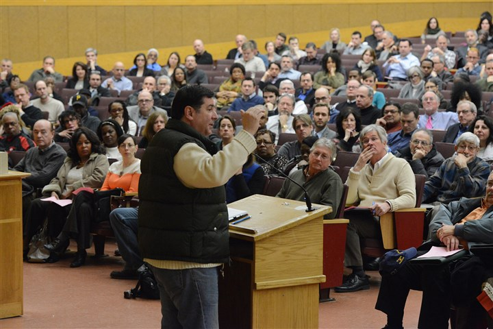 morningfile1209web Mayor-elect Bill Peduto addresses his massive transition team on Nov. 30