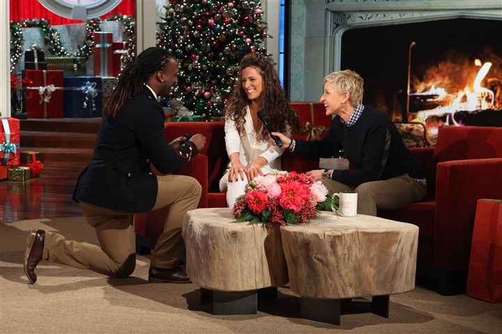 "121113_mccutchen02.jpg Pirates centerfielder Andrew McCutchen proposes to his girlfriend, Maria Hanslovan, on ""Ellen,"" with host Ellen DeGeneres."