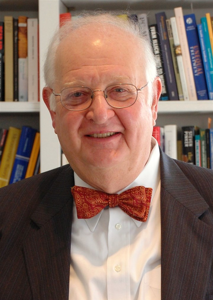 "Deaton2-2 Angus Deaton's ""seemingly inexhaustible knowledge of all things historical is bound to edify even the most erudite of readers."""