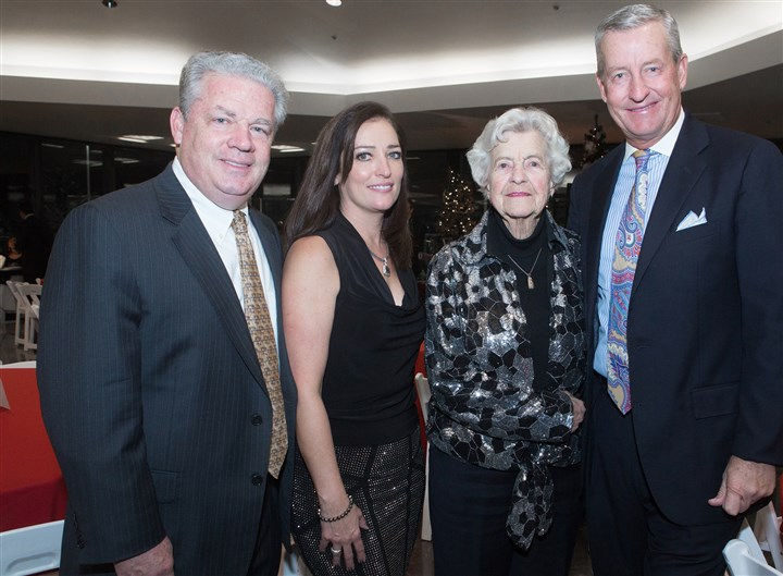 seen Diamond Gala From left, Kevin Mullen Jeanine Ohayon Marylou Ford with Son and honoree Bob Ford. Photo by