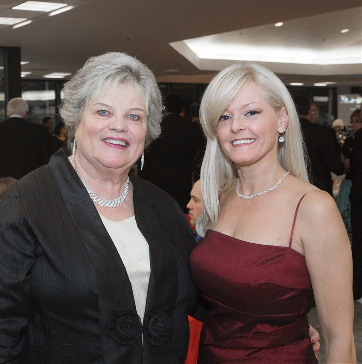 Diamondgala1 Judy Bannon and Heather Glaser.