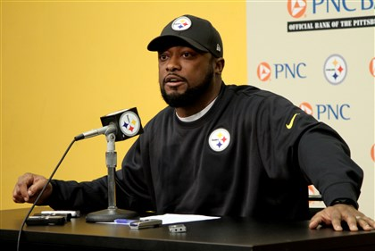 Tomlin presser 1223 Steelers' coach Mike Tomlin speaks to the media during his weekly press conference at the Steelers South Side training facility.