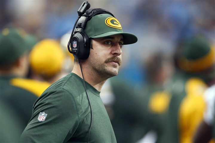 rodgers1227 This week, Packers quarterback Aaron Rodgers finally gets to take off the headset and return to the field to face the Bears with the NFC North title on the line.