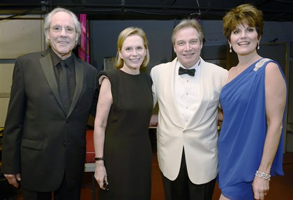 Hamlischtribute Robert Klein, Terre Hamlisch, J. Ernest Green and Lucie Arnaz at Pittsburgh Symphony's Tribute to Marvin Hamlisch.