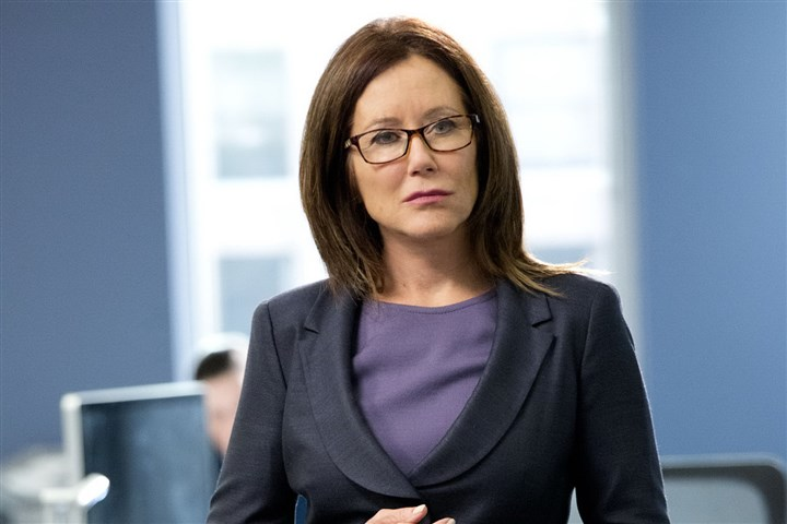 Mary McDonnell Mary McDonnell