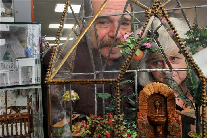 20140103_february.jpg Caesar Palermo, left, and Terri Hirt created this miniature scene, for sale at Lynlott Miniatures Dollhouse Junction in Aspinwall.