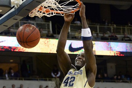 Pitt Talib Zanna Pitt's Talib Zanna dunks against Maryland in the second half at the Petersen Events Center.