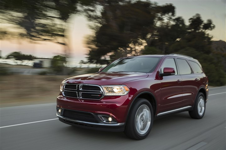 20140107hodurangoabiz The 2014 Dodge Durango drives more like a truck than most crossovers.