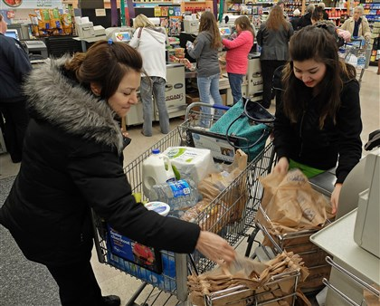 Elk River Chemical Spill Tanaz Rahin and her mother, Farri Rahin, drove across town to the Kroger in South Charleston, W.Va., to find water following a chemical spill on the Elk River that compromised the public water supply.