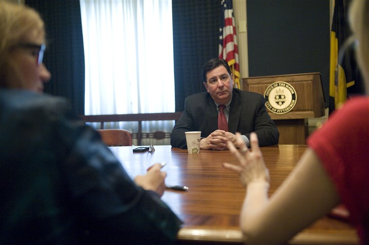 2014 Peduto meets with Cabinet Mayor Bill Peduto meets with councilwoman Natalia Rudiak, right, Debbie Lestitian, left, and other members of his Cabinet on Friday.