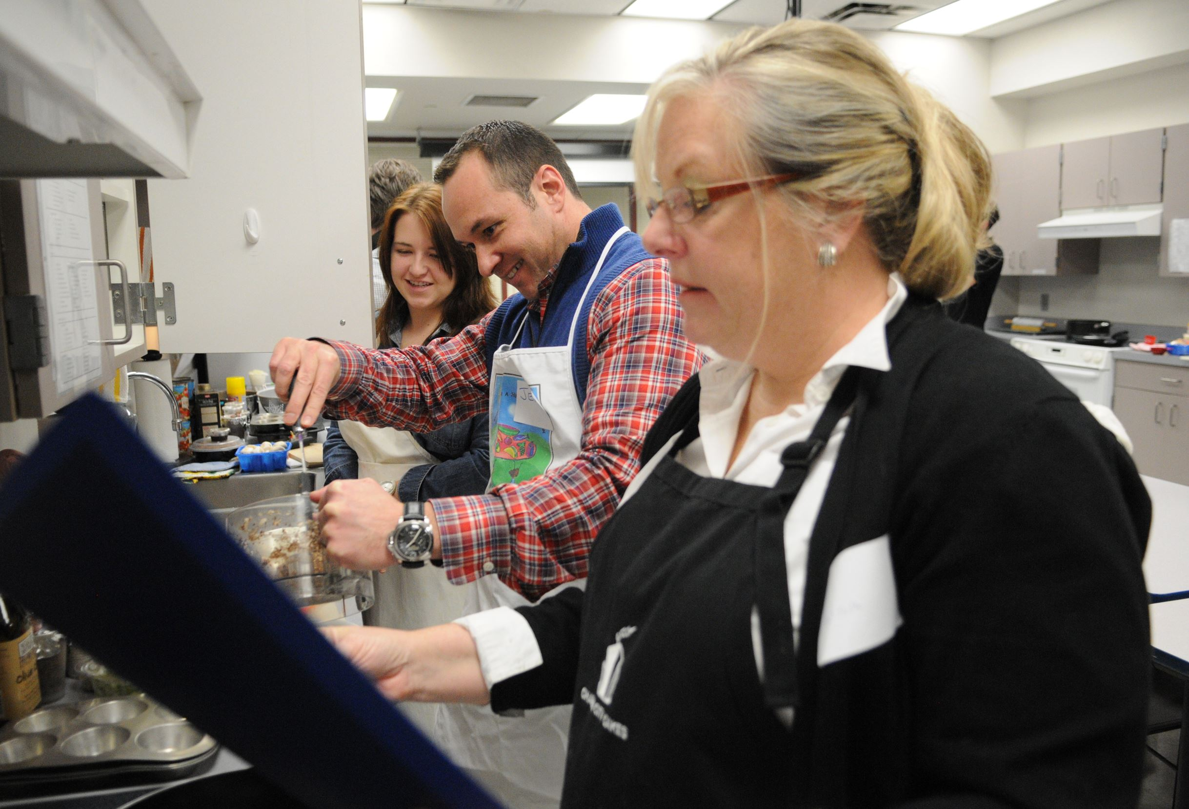 People learn to cook in order to maintain healthy weight
