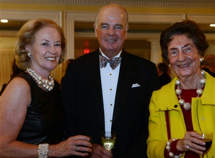 2014Burns Ann and Marty McGuinn and Jan Wagner.