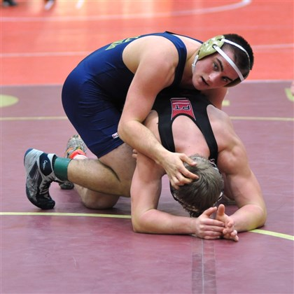 20140127ho182Hannon2zsports.jpg Butler Area's Ryan Hannon, top, defeated Peters Township's Mitch Fitzgerald, 3-0, in the semifinals of the Chartiers-Houston tournament to open the season.