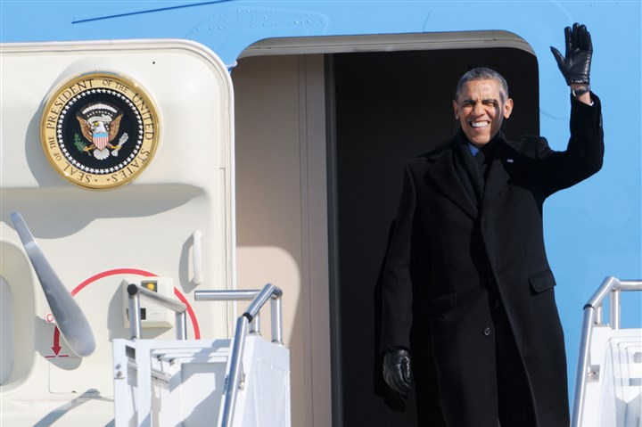 Obama waves from Air Force One in Pittsburgh President Barack Obama waves as he exits Air Force One after its arrival at the 171st Air Refueling Wing in Moon on Wednesday.