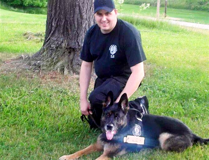 20140201RoccoLoc01-1 Pittsburgh police K-9 Officer Rocco and his handler Officer Phil Lerza.