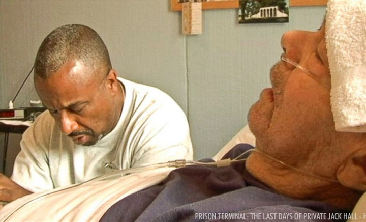 "20140207Doc2 In ""Prison Terminal: The Last Days of Private Jack Hall,"" inmates act as hospice workers for the jailed veteran."