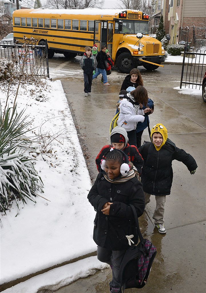 Students enter Whittier K-5 School Students enter Whittier K-5 School on Mount Washington Monday morning. The school is a STAR school for the second consecutive year.