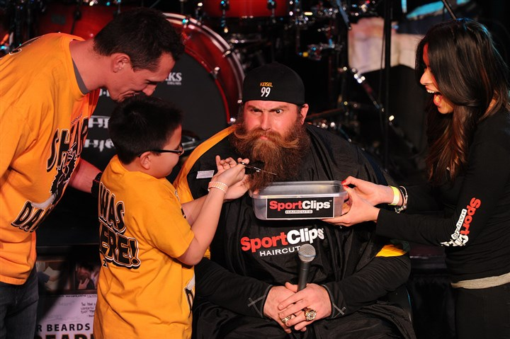 Keisel With support from his dad, former Steelers player Aaron Smith, and Krystle Sierras of Sport Clips in McCandless, 9-year-old Elijah Smith clips the beard of defensive end Brett Keisel during last year's Shear Da Beard benefit at Jergels Rhythm Grille in Warrendale. The ultimate mountain man makeover benefits the hematology/oncology division of Childrens Hospital of Pittsburgh of UPMC. Elijah received treatment at the hospital for leukemia.