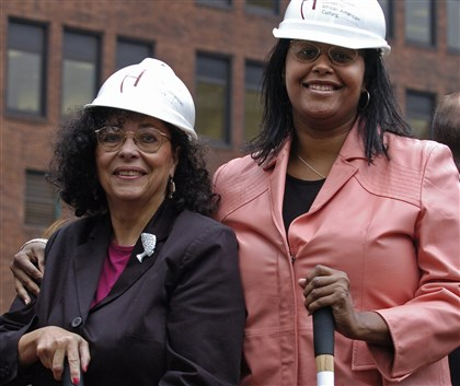 Freda Ellis Freda Ellis, August Wilson's oldest sister, and her daughter, performer Kim Ellis, attend a ground breaking ceremony for the August Wilson Center for African American Culture in Pittsburgh on Wednesday, Oct. 18, 2006.