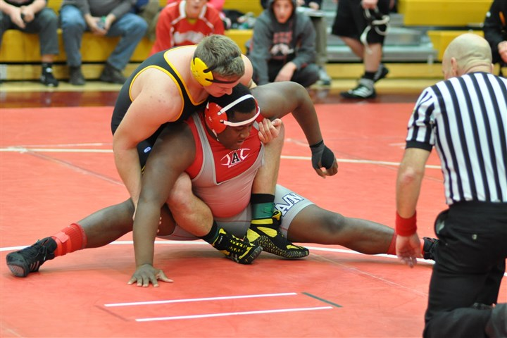20140210hoColes2zspts.jpg Avonworth's Ka'Dale Coles, bottom, battling Montour's Zack Jablonski during the season-opening Chartiers-Houston Invitational in December, carries some of Avonworth's hopes for the program's first section titlist since 2006.