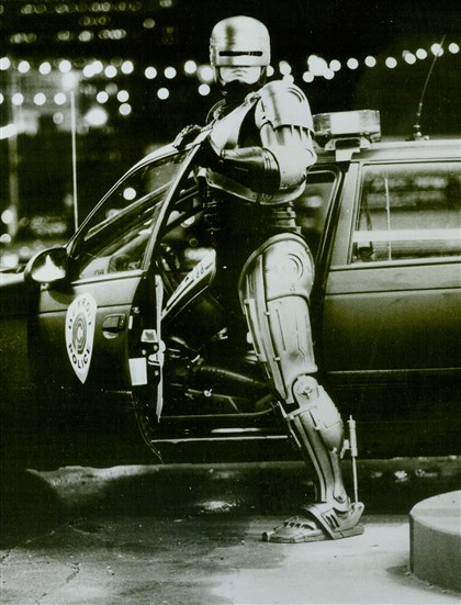 20140214robocoporiginal01-2 Peter Weller as Robocop. 1987.