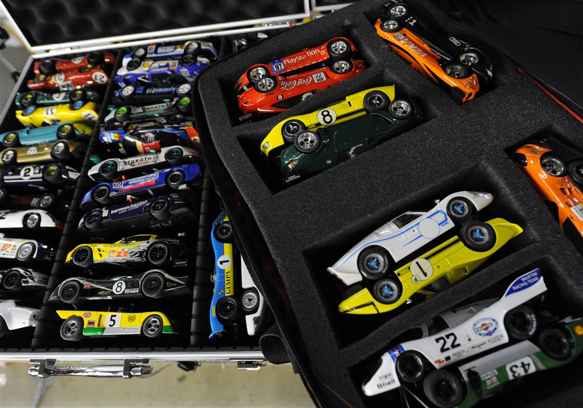 Slot car enthusiasts have found new place to race in Ross ...