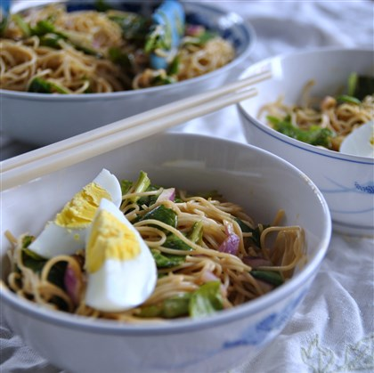 Spicy Ginger Peanut Noodles Quick and Easy Spicy Ginger Peanut Noodles